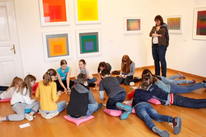 Művészetpedagógia kiállításainkhoz